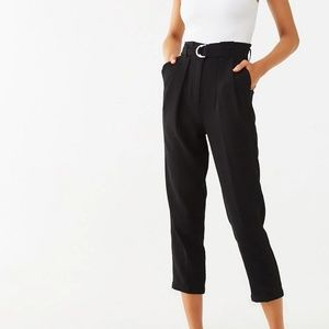 Pants - Slimming belted ankle pants